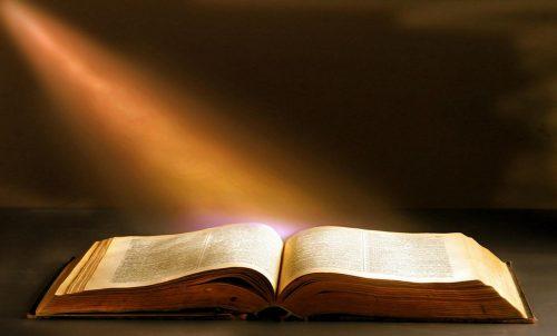 GOD BEWEEGT DOOR ZIJN GEEST DEEL 1